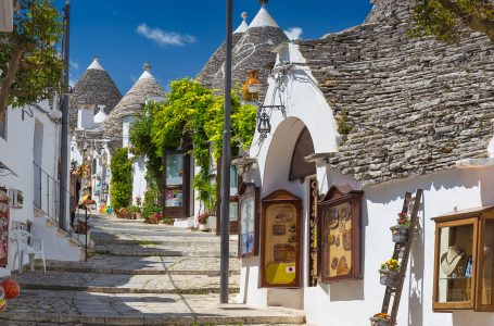 Alberobello Is A small  Beautiful Town To Traveling.
