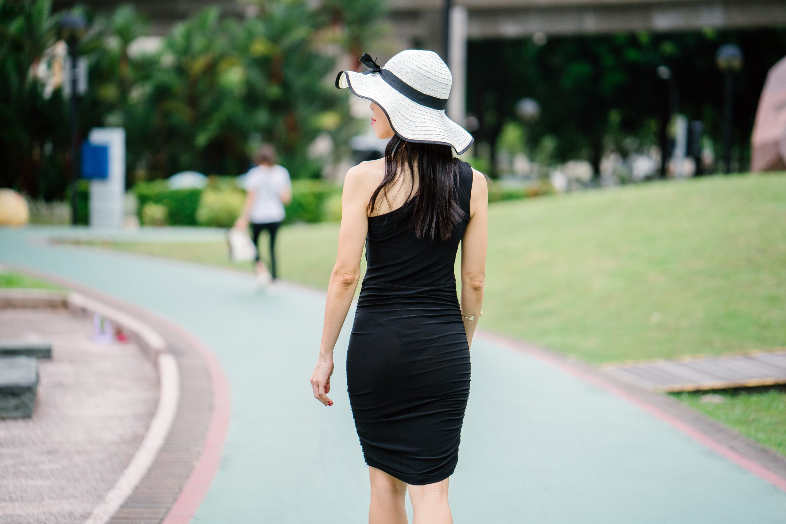 THE BEST BLACK  FASHION TRENDS.
